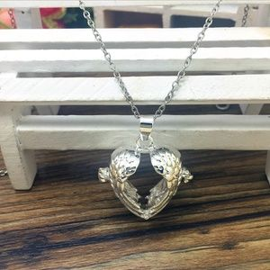 Winged Heart Locket Aromatherapy Diffuser Necklace